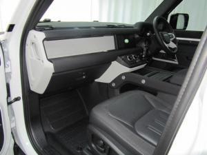 Land Rover Defender 110 D240 SE - Image 8