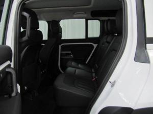 Land Rover Defender 110 D240 SE - Image 9
