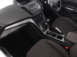 Ford Kuga 1.5TDCi Ambiente - Image 8