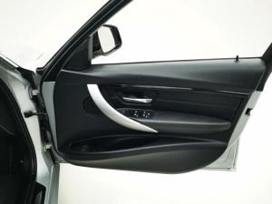BMW 3 Series 320i M Sport auto - Image 12