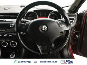 Alfa Romeo Giulietta 1.4TBi Distinctive - Image 8