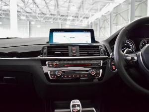 BMW 1 Series M140i 5-door Edition Shadow sports-auto - Image 13