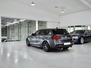 BMW 1 Series M140i 5-door Edition Shadow sports-auto - Image 16