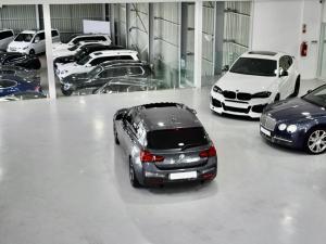 BMW 1 Series M140i 5-door Edition Shadow sports-auto - Image 18