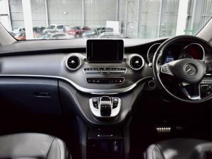 Mercedes-Benz V-Class V250 BlueTec - Image 11