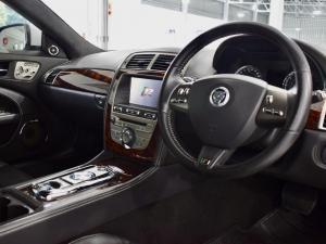 Jaguar XK R - Image 11