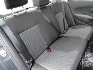 Volkswagen Polo sedan 1.4 Comfortline - Image 7