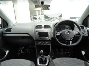 Volkswagen Polo sedan 1.4 Comfortline - Image 8