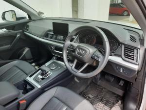 Audi Q5 2.0TDI quattro - Image 11