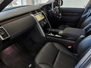 Land Rover Discovery 3.0 TD6 HSE - Image 15
