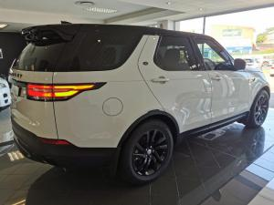 Land Rover Discovery 3.0 TD6 HSE - Image 17