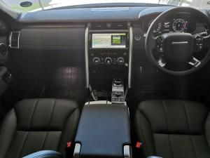Land Rover Discovery 3.0 TD6 HSE - Image 19
