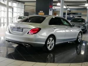Mercedes-Benz C180 Avantgarde automatic - Image 2