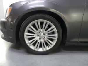 Chrysler 300C 3.0CRD Luxury Series - Image 12