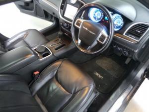 Chrysler 300C 3.0CRD Luxury Series - Image 8