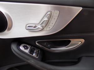 Mercedes-Benz C300 Coupe automatic - Image 11
