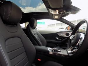Mercedes-Benz C300 Coupe automatic - Image 17