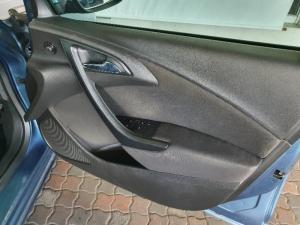 Opel Astra 1.4 Turbo Essentia Plus - Image 13