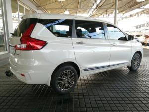 Suzuki Ertiga 1.5 GLX automatic - Image 7