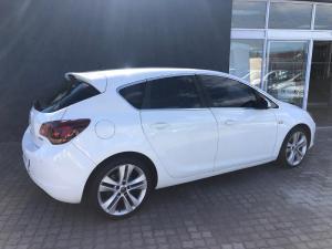 Opel Astra 1.6T Sport 5-Door - Image 4
