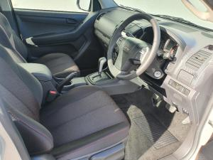 Isuzu D-Max 250 double cab LE auto - Image 8