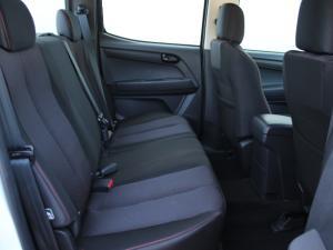 Isuzu D-Max 250 Extended cab Hi-Ride auto - Image 14