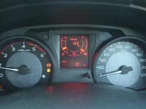 Isuzu D-Max 250 Extended cab Hi-Ride auto - Image 17