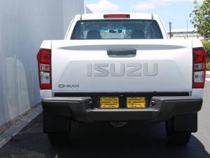 Isuzu D-Max 250 Extended cab Hi-Ride auto - Image 6