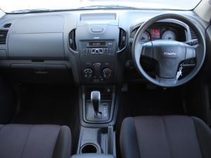 Isuzu D-Max 250 Extended cab Hi-Ride auto - Image 9