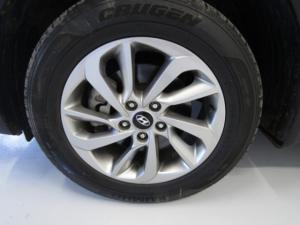 Hyundai Tucson 2.0 Premium automatic - Image 6