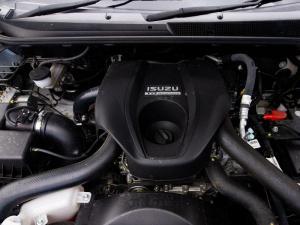 Isuzu D-MAX 250 HO HI-RIDE D/C - Image 7