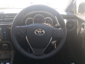 Toyota Corolla Quest 1.8 Prestige auto - Image 15