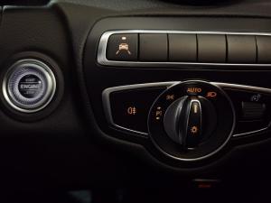 Mercedes-Benz C180 Avantgarde automatic - Image 19