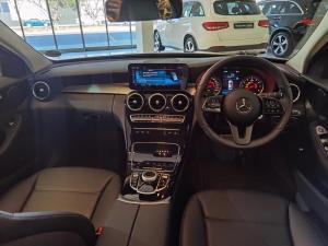 Mercedes-Benz C180 Avantgarde automatic - Image 9