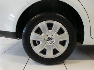 Volkswagen Polo Vivo sedan 1.4 Trendline auto - Image 13