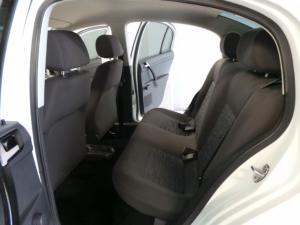 Volkswagen Polo Vivo sedan 1.4 Trendline auto - Image 8