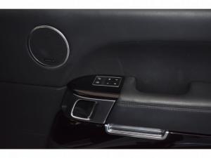 Land Rover Range Rover Vogue SE Supercharged - Image 21