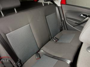 Volkswagen Polo Vivo 1.6 Comfortline TIP - Image 11