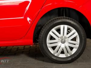 Volkswagen Polo Vivo 1.6 Comfortline TIP - Image 5