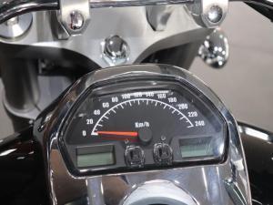 Suzuki VZR 1800BZ - Image 5