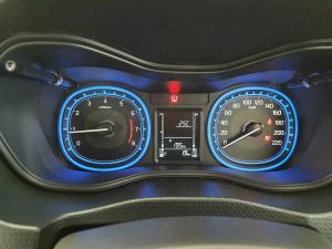 Suzuki Vitara Brezza 1.5 GLX - Image 6