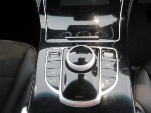 Mercedes-Benz GLC 220d AMG - Image 17