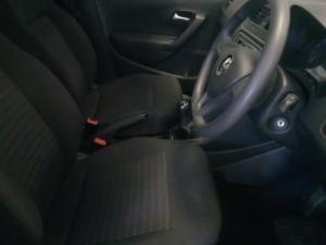Volkswagen Polo Vivo sedan 1.4 Trendline - Image 13