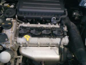 Volkswagen Polo Vivo sedan 1.4 Trendline - Image 17