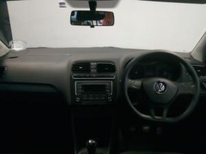 Volkswagen Polo Vivo sedan 1.4 Trendline - Image 4