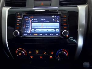 Nissan Navara 2.3D double cab 4x4 SE - Image 14