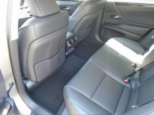 Lexus ES 250 EX - Image 5