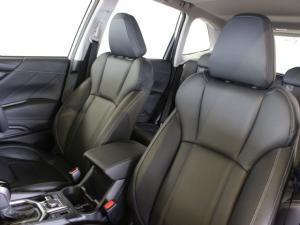 Subaru Forester 2.5i-S ES - Image 6