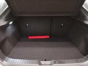 Mazda CX-30 2.0 Active - Image 10