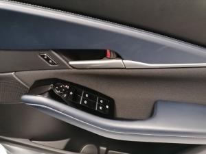 Mazda CX-30 2.0 Active - Image 13